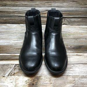 Timberland Carter Notch Plain-Toe Chelsea Boots